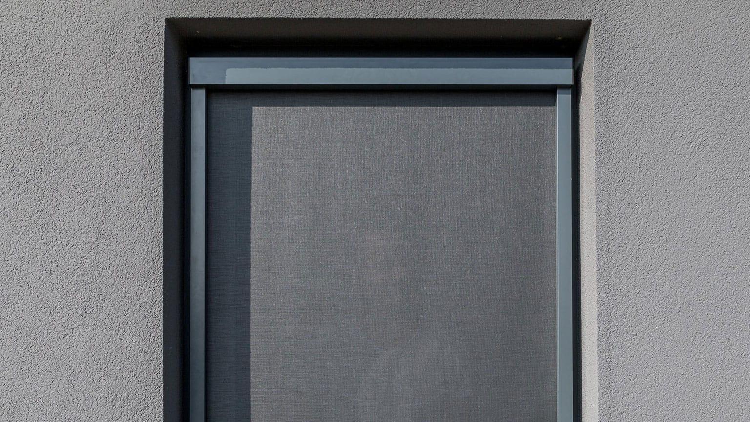 Fenster rollos außen